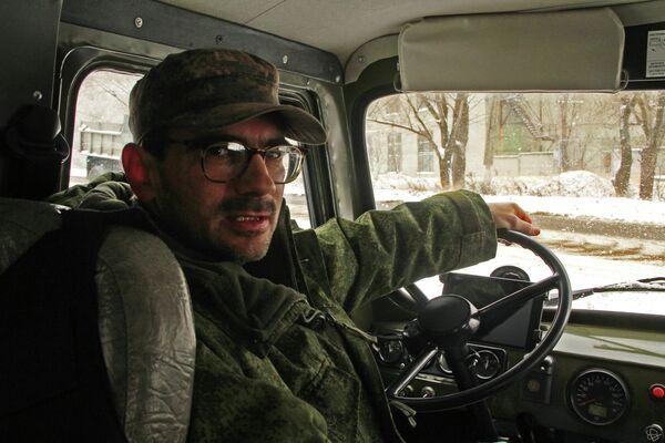 Журналист телеканала Звезда ранен в Донбассе - Sputnik Таджикистан