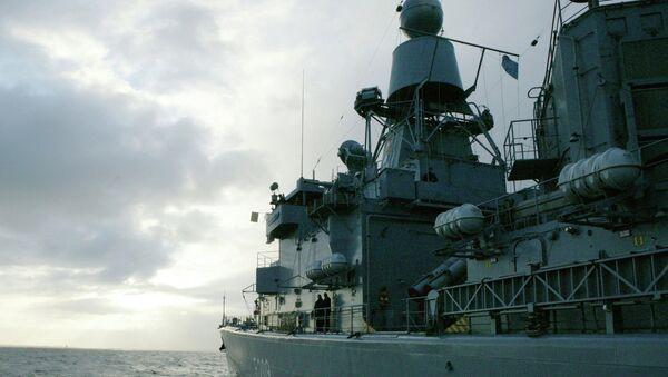 Боевой корабль НАТО. Архивное фото. - Sputnik Таджикистан