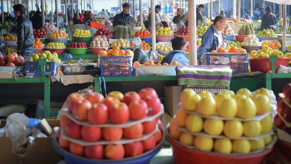 Зеленый рынок в Душанбе. Архивное фото - Sputnik Тоҷикистон