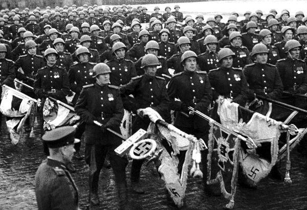 Кадр из фильма Великая победа советского народа. Архивное фото. - Sputnik Таджикистан