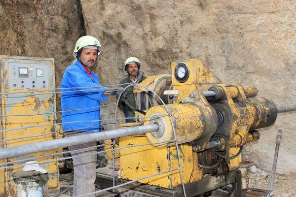 Буровые работы на участке редких металлов Намадгут ГБАО. Фото: пресс-служба Главгеолгии - Sputnik Таджикистан