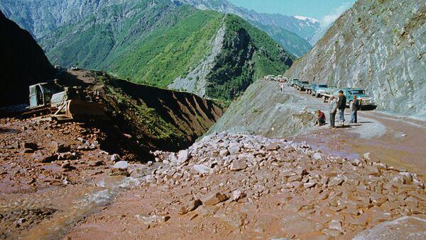 Сель в Горно-Бадахшанской АО - Sputnik Таджикистан