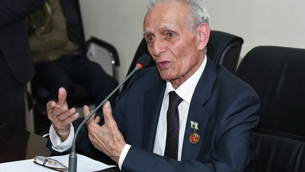 Мумин Каноат. Архивное фото - Sputnik Таджикистан