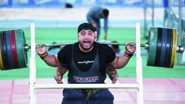 Чемпионат Таджикистана по пауэрлифтингу - Sputnik Таджикистан