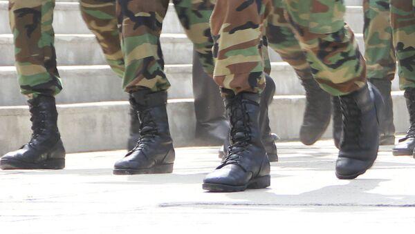 Маршировка военнослужащих. Архивное фото - Sputnik Таджикистан