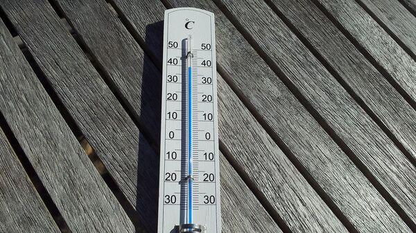 Термометр, архивное фото - Sputnik Таджикистан