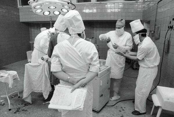 Трансплантация почек. Архивное фото - Sputnik Таджикистан
