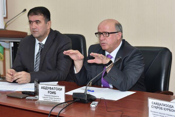 Глава Таможенной службы Таджикистана Абдуфаттох Гоиб - Sputnik Таджикистан