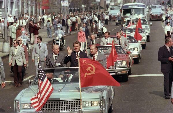 Встреча советских космонавтов в Вашингтоне - Sputnik Таджикистан