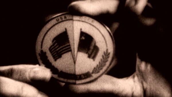 Рукопожатие в космосе: программа Союз-Аполлон в архивных кадрах - Sputnik Таджикистан