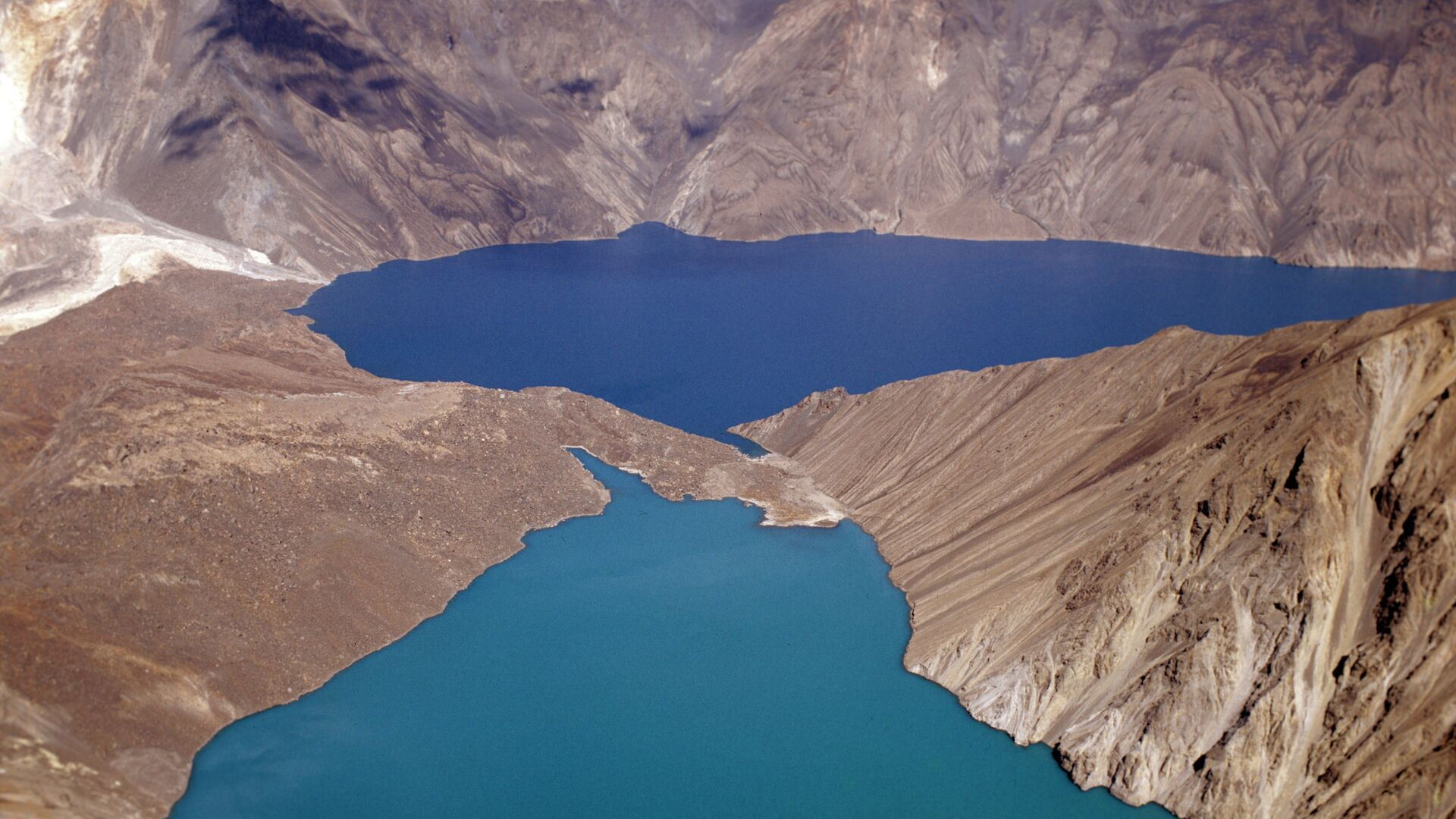 Сарезское озеро - Sputnik Таджикистан, 1920, 11.02.2021
