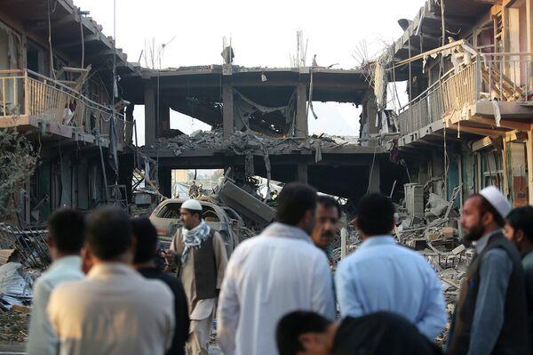 Последствия теракта в Кабуле 7 августа 2015 года - Sputnik Таджикистан