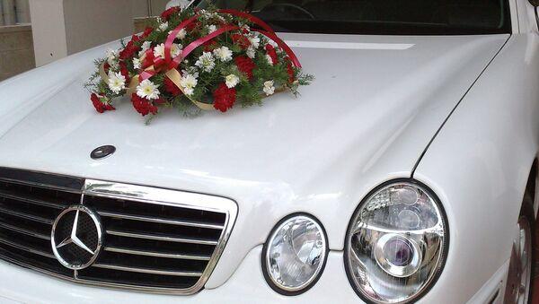 Машина свадебного кортежа. Архивное фото - Sputnik Таджикистан