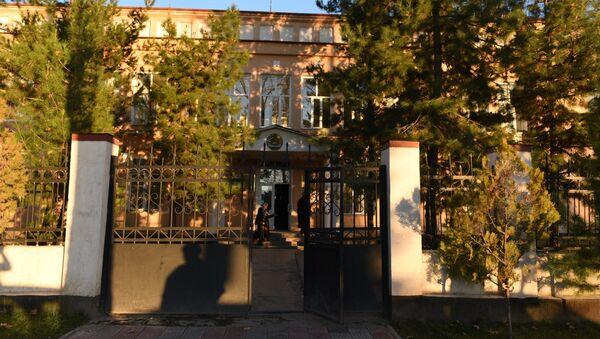 Здание суда района Исмоили Сомони. Архивное фото. - Sputnik Таджикистан