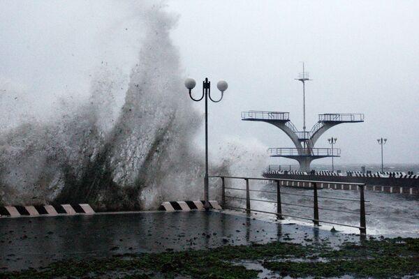 Тайфун Гони в Приморском крае - Sputnik Таджикистан