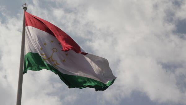 Таджикский флагшток: 165 метров гордости - Sputnik Таджикистан