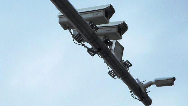 Камеры видеонаблюдения на дорогах Душанбе. Архивное фото - Sputnik Тоҷикистон