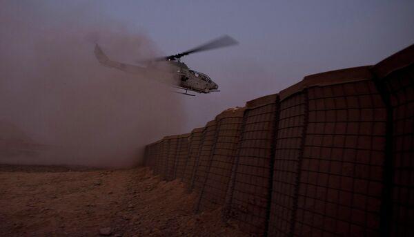 Военный вертолет в районе Герешк. Архивное фото - Sputnik Таджикистан