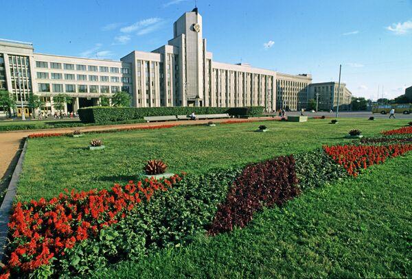 Здание парламента Республики Белоруссии - Sputnik Таджикистан
