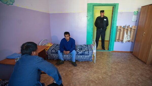 Спецприемник для нелегальных мигрантов . Архивное фото - Sputnik Таджикистан