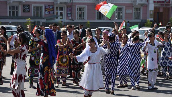 Жители Таджикистана. Архивное фото - Sputnik Таджикистан