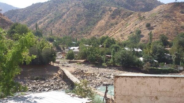 Горный кишлак в Ромитском ущелье - Sputnik Таджикистан