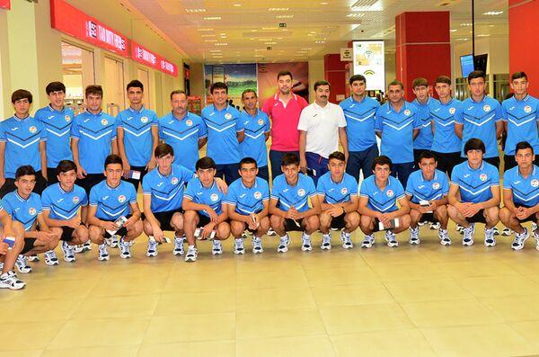Юношеская сборная Таджикистана по футболу (до 16 лет) - Sputnik Тоҷикистон