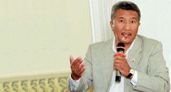 Эксперт по международным делам Эдиль Осмонбетов. Архивное фото - Sputnik Таджикистан