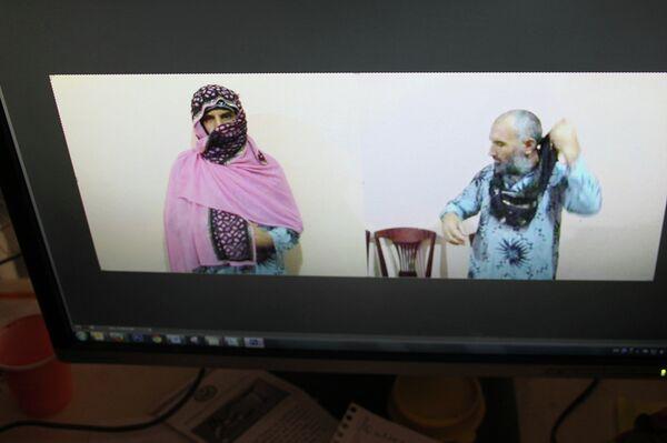 Кадры, распространенные пресс-службой МВД РТ, где сторонник Назарзода облачен в женскую одежду - Sputnik Таджикистан