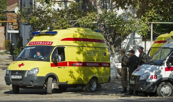 Нападение на станцию скорой помощи в Симферополе - Sputnik Таджикистан