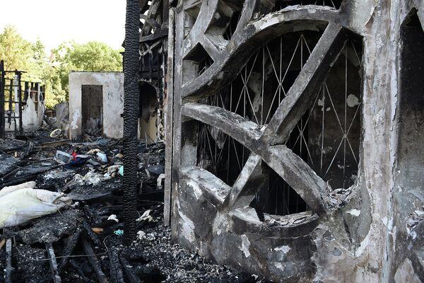 Пожар в 16-этажном жилом доме - Sputnik Таджикистан