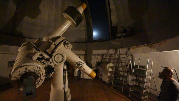 Астрофизик объяснил корреспонденту Sputnik почему багровеет Луна - Sputnik Таджикистан