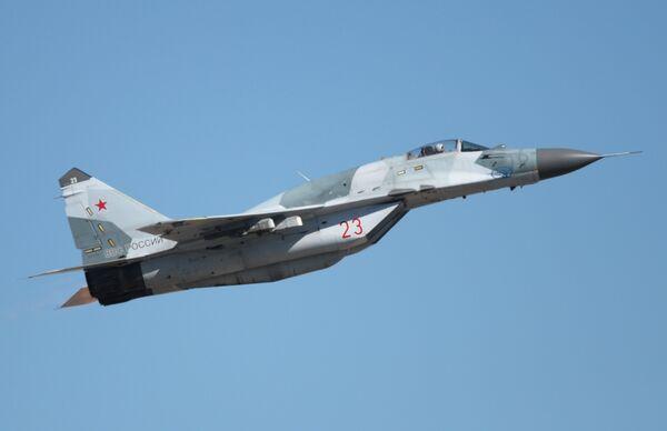 Самолет МиГ-29. Архивное фото - Sputnik Таджикистан
