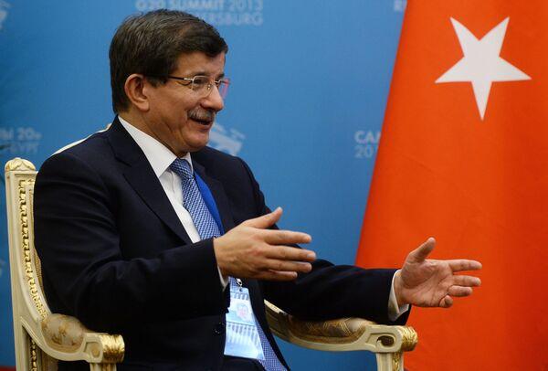 Премьер-министр Турции Ахмет Давутоглу. Архивное фото - Sputnik Таджикистан