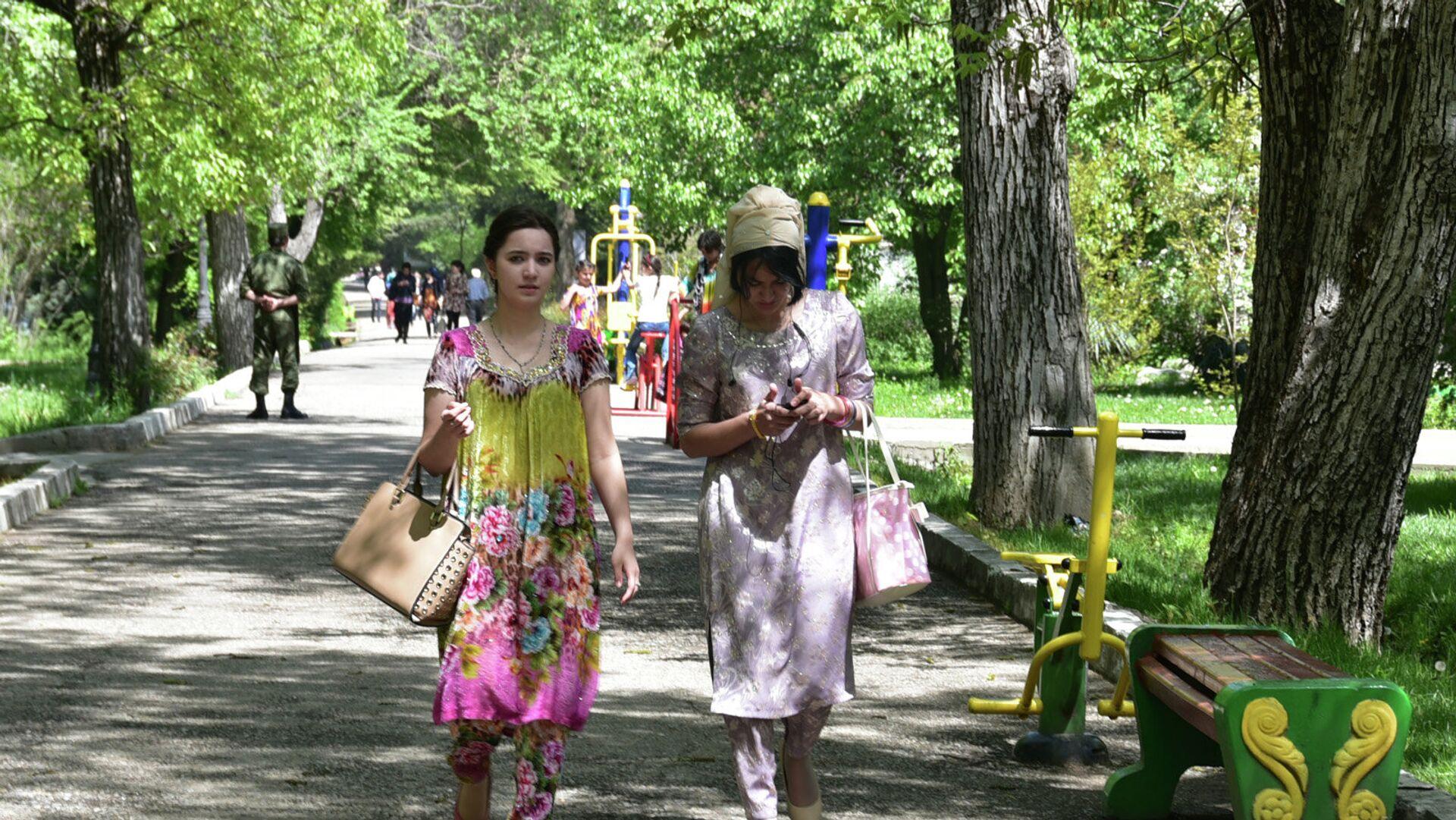 Ботанический сад Академии наук Таджикистана (Боги Ирам) - Sputnik Таджикистан, 1920, 11.10.2021