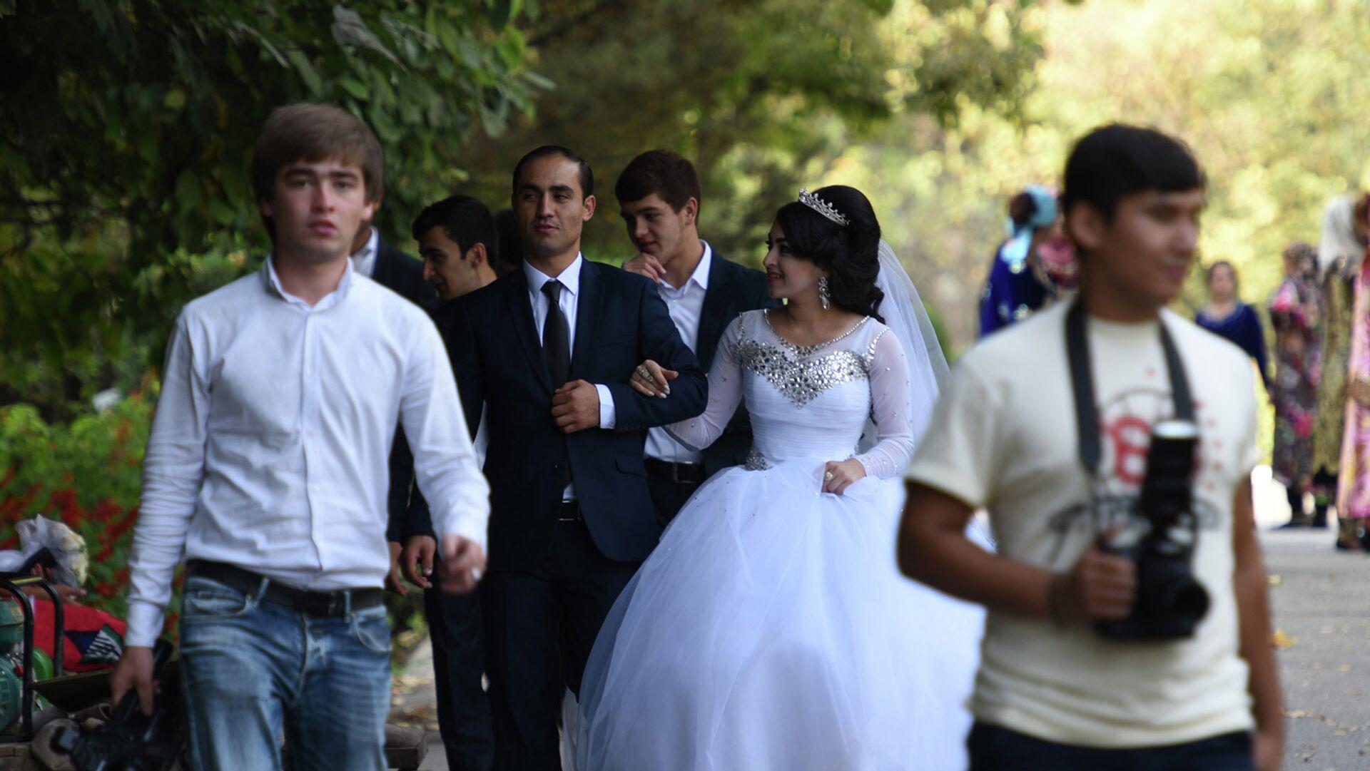 Таджикская свадьба, архивное фото - Sputnik Тоҷикистон, 1920, 01.02.2021