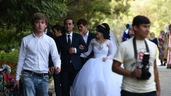 Таджикская свадьба, архивное фото - Sputnik Таджикистан