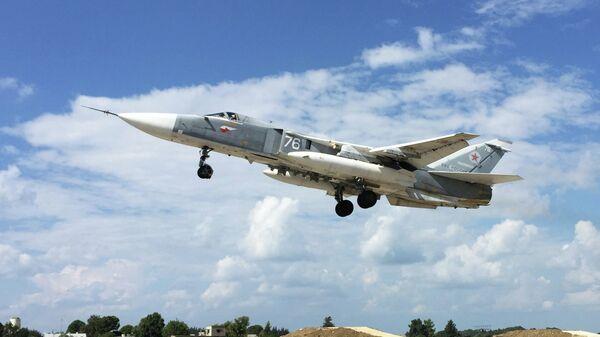 Российская боевая авиация на аэродроме Хмеймим в Сирии - Sputnik Таджикистан