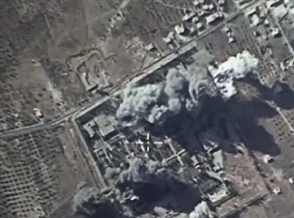 Российская авиация нанесла удары по лагерю подготовки боевиков ИГ в Сирии - Sputnik Таджикистан