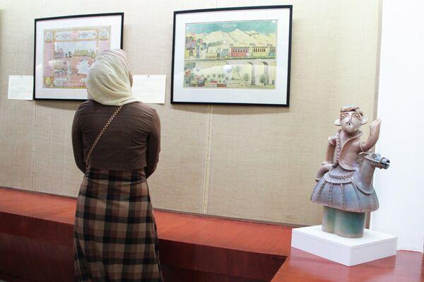 Выставка Шамаиль: Слово и Образ - Sputnik Таджикистан