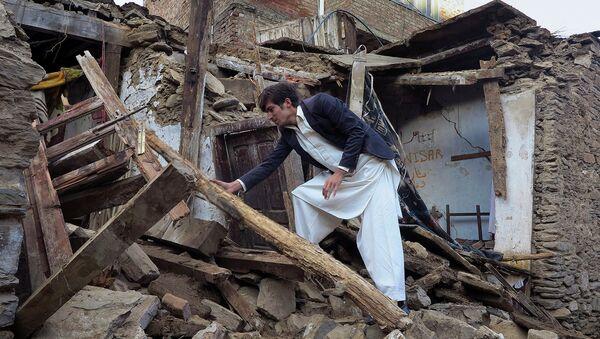 Последствия землетрясения в Пакистане - Sputnik Таджикистан