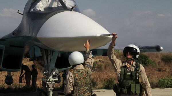Российская боевая авиация на аэродроме Хмеймим в Сирии. Архивное фото. - Sputnik Таджикистан