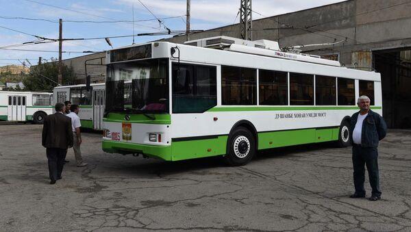 Один из новых троллейбусов - Sputnik Тоҷикистон