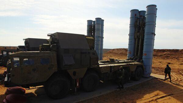 Зенитно-ракетная система С-300. Архивное фото - Sputnik Тоҷикистон