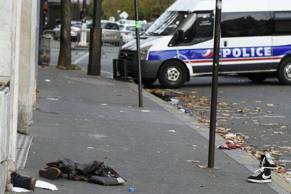 Ситуация в Париже после серии терактов - Sputnik Таджикистан