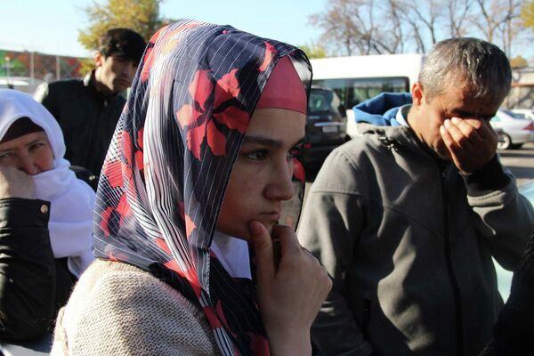 Зарина Юнусова в аэропорту Душанбе - Sputnik Таджикистан