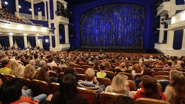 Постановка в театре. Архивное фото - Sputnik Таджикистан