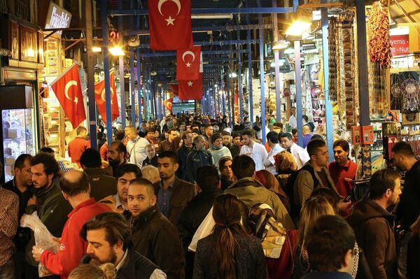 Рынок в Стамбуле. Архивное фото - Sputnik Таджикистан