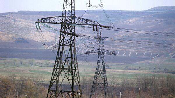 Высоковольтная линия. Архивное фото - Sputnik Таджикистан