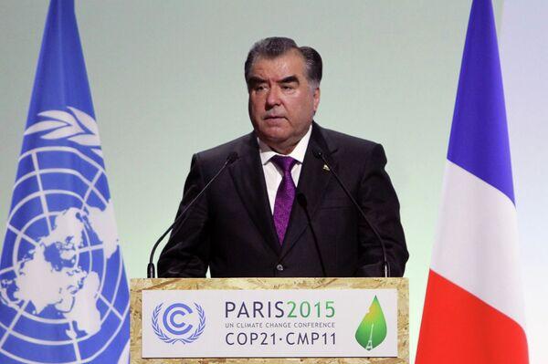 Президент РТ Эмомали Рахмон на 21-ой Конференции участников Рамочной конвенции ООН об изменении климата в Париже - Sputnik Таджикистан